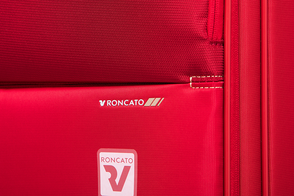 Vali Roncato Speed size M (25 inch) - Rosso chất liệu